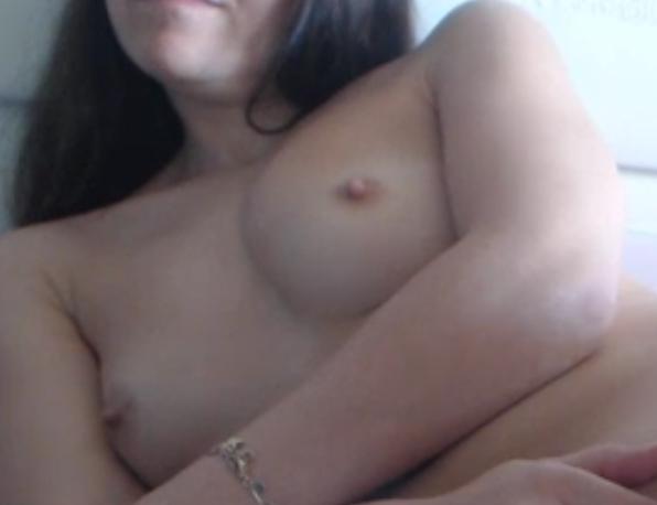 Une française topless