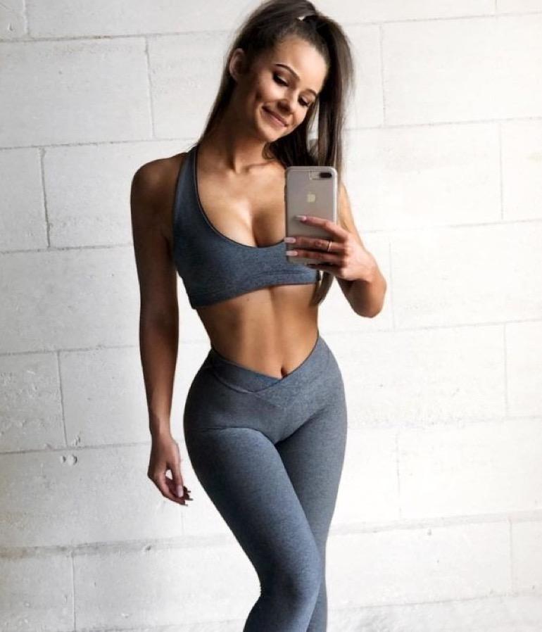 Un selfie en leggings sexy